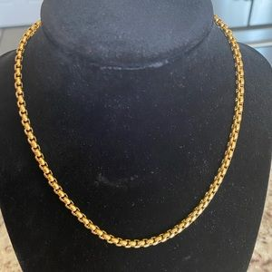 Gold plated unisex choker necklace